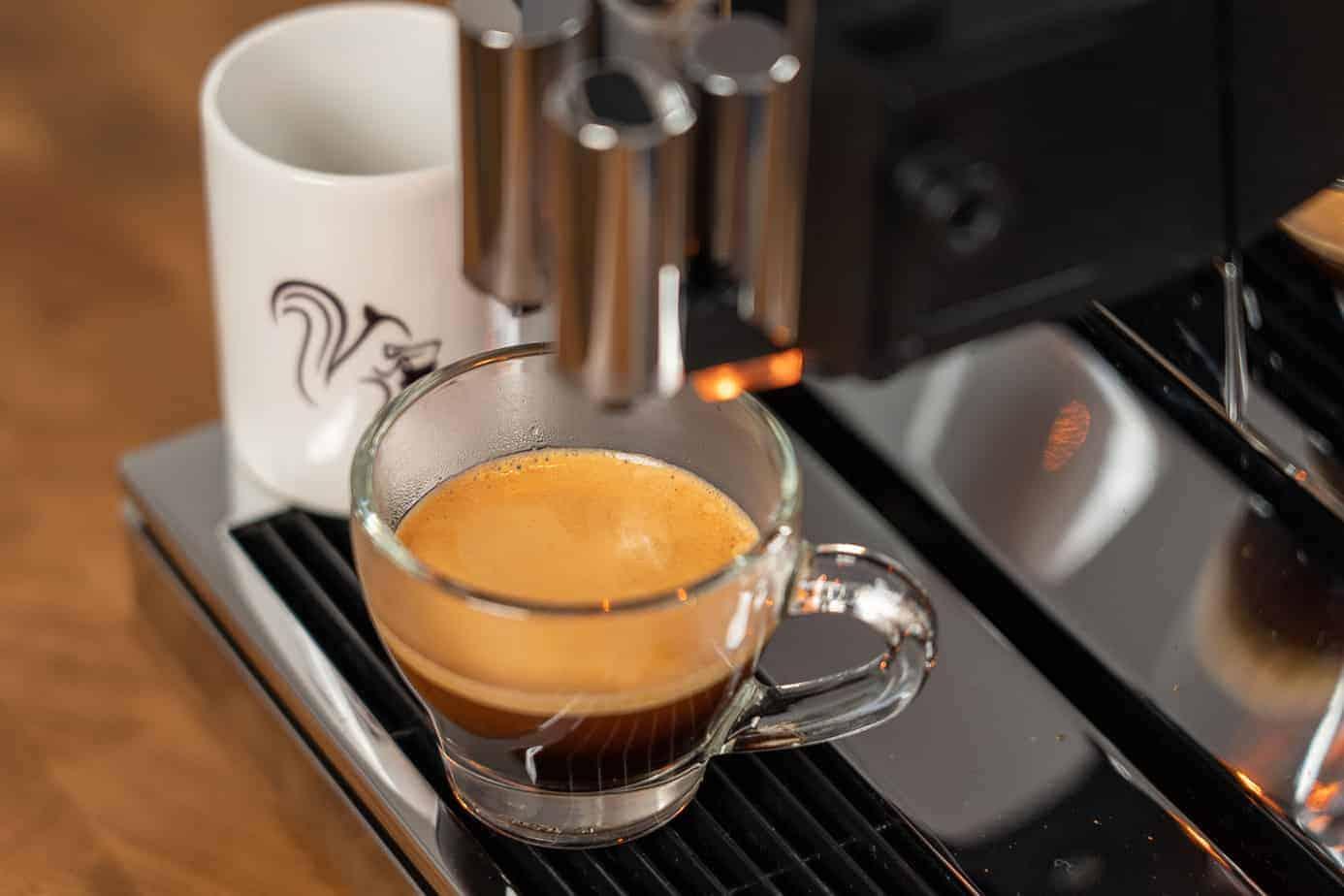 Fertiger Espresso aus dem Jura Z8